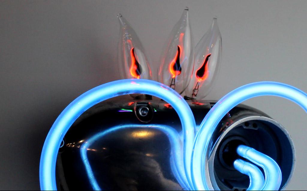 TMH neon fire